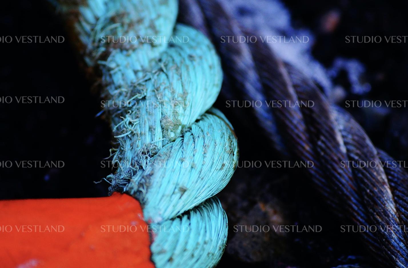 Studio Vestland - Tau 01